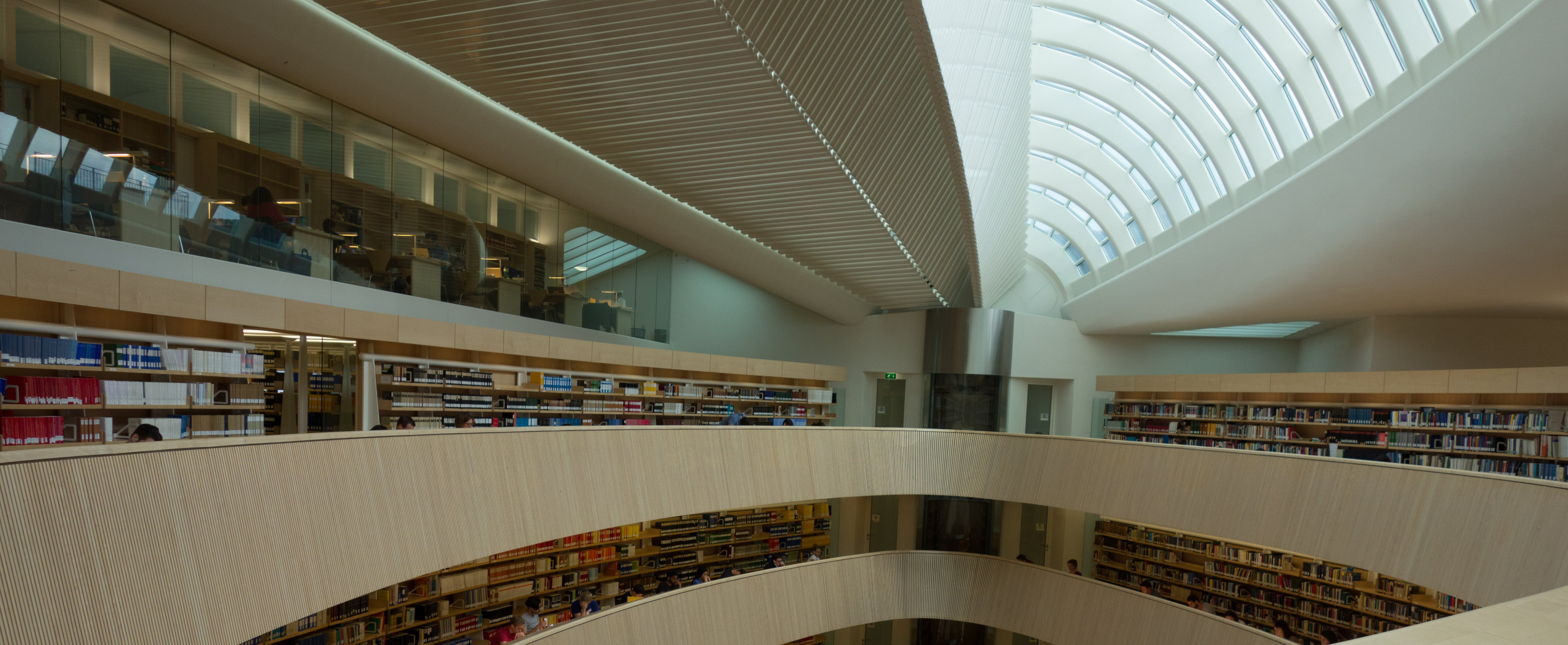 University_of_Zurich_Law_Library_ribbon-1